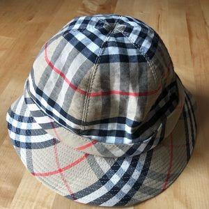 Burberry vintage Novachek  bucket Hat Kids M